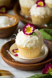 Cupcake vị dừa